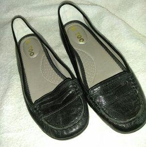 Black  flat shoes.  Me Too