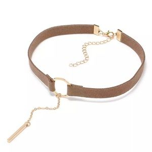Jewelry - Faux suede tan dangling choker necklace
