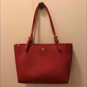 Tory Burch Handbags - Authentic Tory Burch Small York Tote