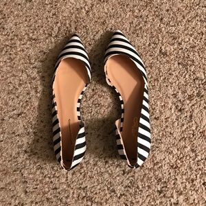 Journee Collection Shoes - Journee Collection Black White Striped Flats