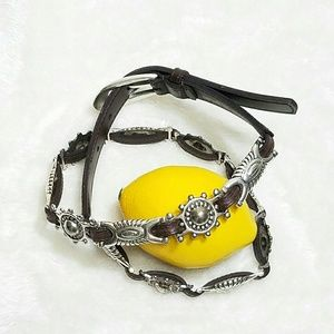 Accessories - Retro Western Silver Leather Statement Belt K30