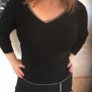 Tops - NEW SWEATER TOP