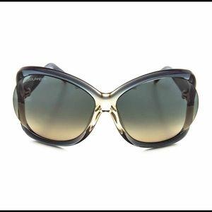 DSQUARED Accessories - DSquared women's transparent gray sunglasses.