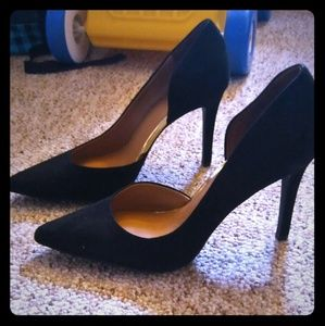 Merona faux suede heel