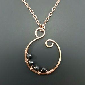 DGwiring Jewelry - HEMATITE stress, calms, protect, positivity