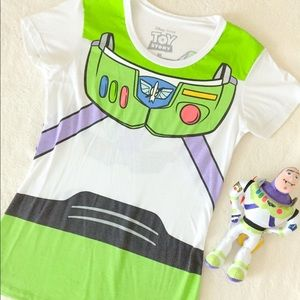Disney Buzz lightyear Shirt