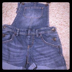 Other - Girls Size L Denim Shorts Overalls