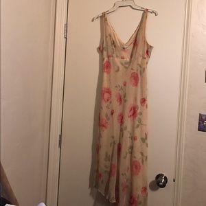 Dresses & Skirts - Byer Too Flower Dress