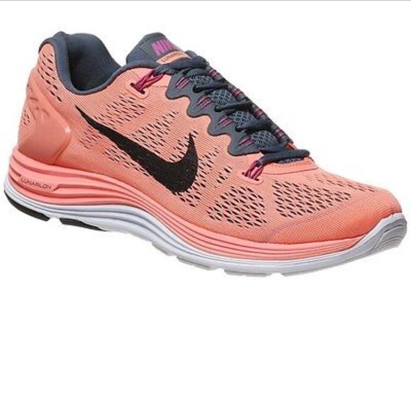 2f6fb8b2124e3 Nike Womens Lunarglide+ 5. M 58973d27981829ff2d0040ee