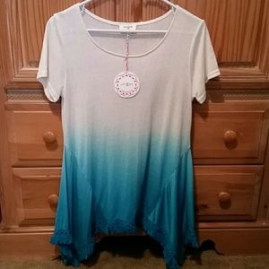 umgee Tops - Ombre turquoise. size small. So cute!