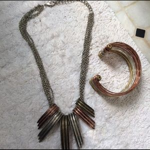 Necklace and bracelet mixed metal