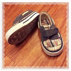 Circo Other - Size 5 (Toddler) Velcro plaid shoes EUC