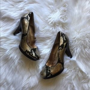Sofft Shoes - Sofft Broadway Gold Python Snake Leather Pumps