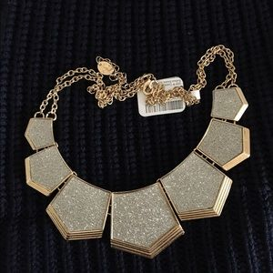 Jewelry - NWTT ICING GOLD NECKLESS