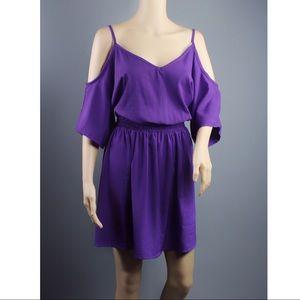 vero moda Dresses & Skirts - VERO MODA Cold shoulder Dress