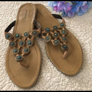 Shoes - Turquoise accent sandals