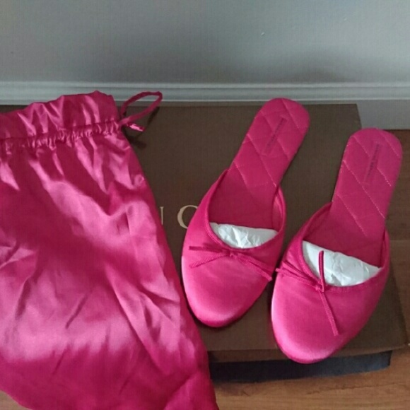 d4386b9ad13 Brand New Banana Republic Pink Silk Slippers