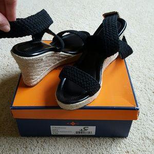 Arturo Chiang Shoes - NIB Arturo Chiang Wedge Espadrille Sandals sz 9.5