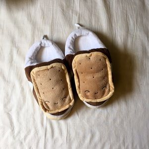 Shoes - Heated smores USB slippers