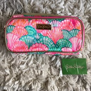 Lilly Pulitzer Handbags - NWT ✨ Lilly Pulitzer Make it cosmetic bag