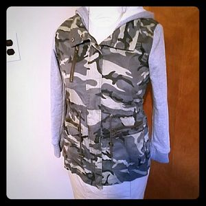 Camo Utility Jacket size Small