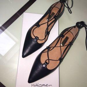 Halogen Shoes - NIB Halogen Sz 6.5 Black Lace Up Flats