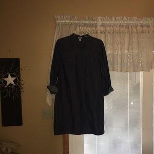 Super cute dark wash Jean dress