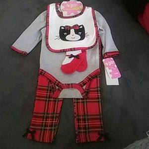 Baby Gear Other - Girl's 4 piece set