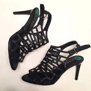 NEW Ralph Lauren black netted heels size 8