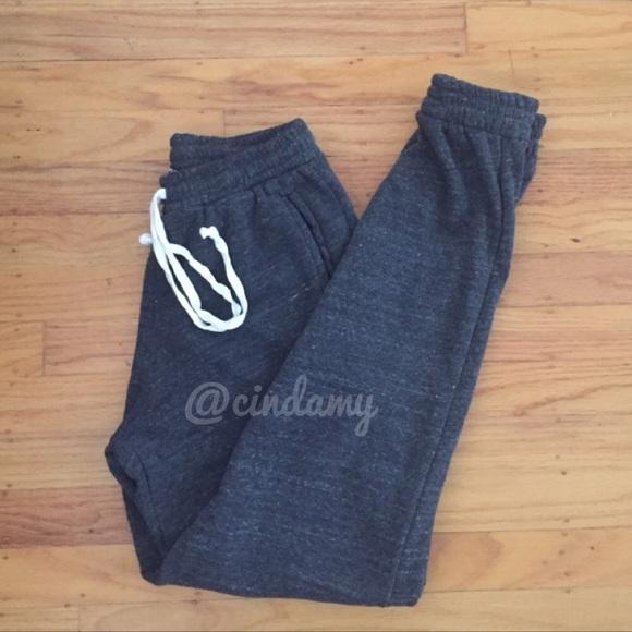 6bb884a812a7 Brandy Melville Pants - Brandy Melville Rosa Sweatpants