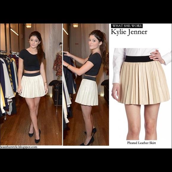 4a7eacb543 Parker Skirts | Seen On Kylie Pleated Leather Skirt | Poshmark