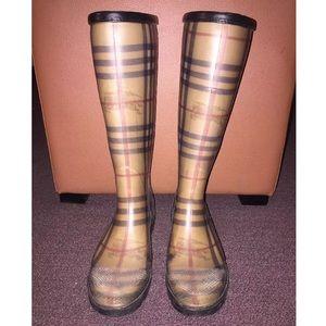 Burberry Rain Boots. Authentic. Size 6