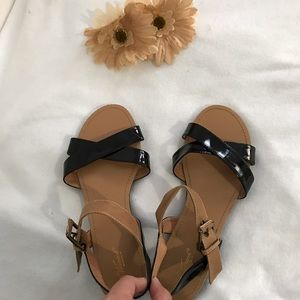 Wanted Shoes - 💥LAST PRICE💥Womens flats sandals