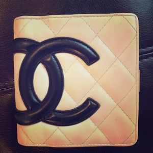 CHANEL Handbags - Chanel Cambon Wallet Quilted