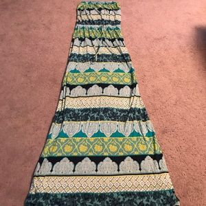Old Navy XS strapless maxi dress