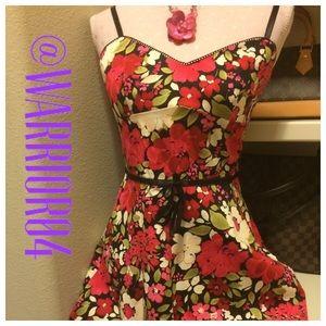 La Belle Dresses & Skirts - La Belle Floral Print Dress Size 7
