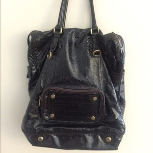 Marc Jacobs Handbags - Marc Jacobs limited edition bag: accepting offers!