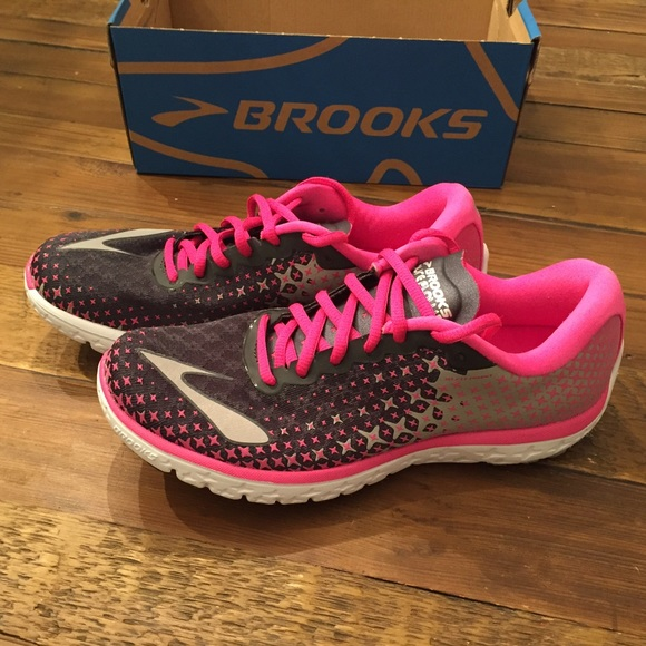 595a4473bd0c7 Brooks Shoes - Brooks PureFlow 5 Womens Sneakers 8.5