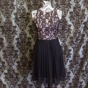 Speechless Dresses & Skirts - NWT Speechless Cutout Caged Back Pleated Dress
