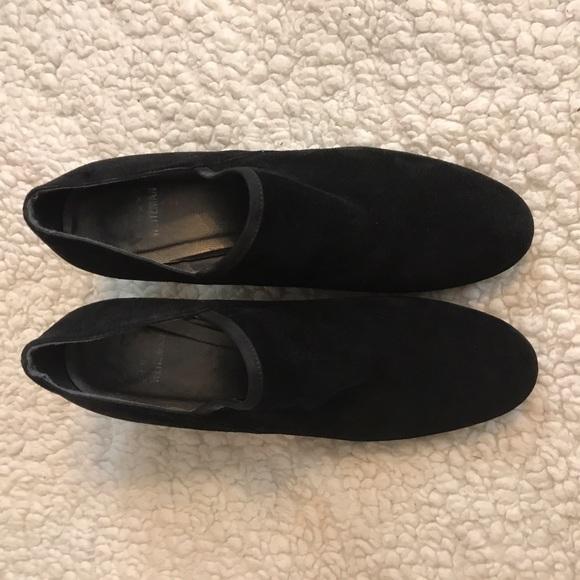 Stuart Weitzman Shoes Flat Walking Shoe