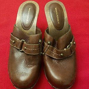 Banana Republic Clogs Mules Shoes