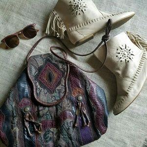 Fab Vintage 80s Patchwork Tapestry Shoulder Bag