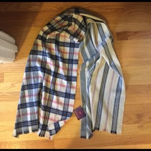 Phenix Accessories - NWT Plaid Wool Scarf
