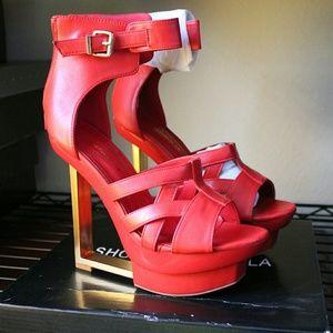 """Shoe Republic LA  Shoes - Shoe Republic La """"Karma"""" sz 8 High Wedges"""