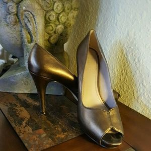 Price drop Gently used bronze peep toe heels