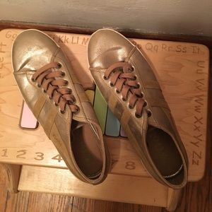 Gola Shoes - Sale! Gold Tennis shoes by Gola.