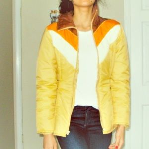 Retro Vintage puffer jacket size small