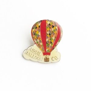 "Vintage Accessories - Vintage ""Airial"" Balloon Co. Enamel Pin"