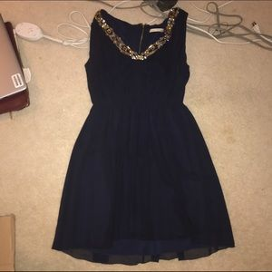 Alice + Olivia Dresses & Skirts - Alice and Olivia Navy Silk Dress 6 Jewels Like New