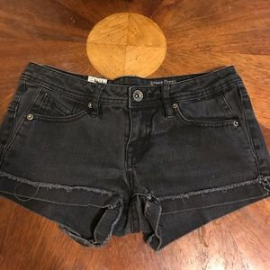 Volcom Shorts - Volcom - mini shorts (previously worn)